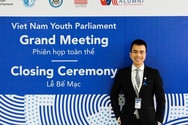 Cựu du học sinh Mỹ Nguyễn Nhật Huy