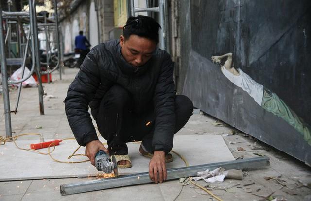 Hà Nội: Phố bích họa Phùng Hưng tái khởi động, hoàn thành trước Tết cổ truyền - Ảnh 6.