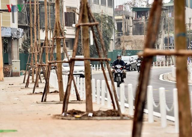 Ảnh: Toàn cảnh con đường 600m hoàn thành trong 17 năm tại Hà Nội - Ảnh 6.