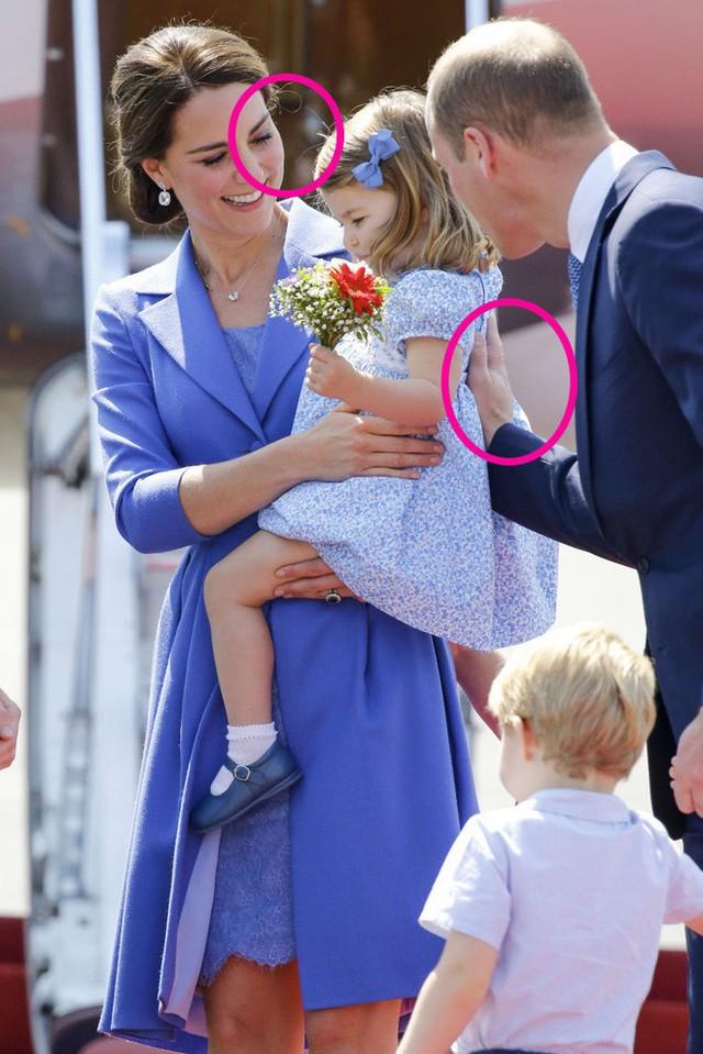 Cách vợ chồng Hoàng tử William thể hiện tình yêu và che chở con được các chuyên gia hết lời khen - Ảnh 8.