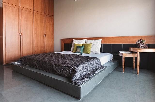 Phòng ngủ được thiết kế đơn gian mà rộng thoáng và tiện nghi.