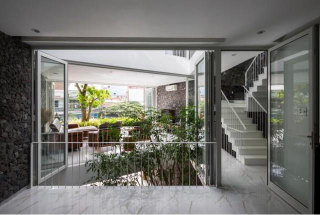 Nhà phố ở Nha Trang gây sốt với thiết kế xanh mướt nhờ những miệt vườn nhỏ - Ảnh 9.
