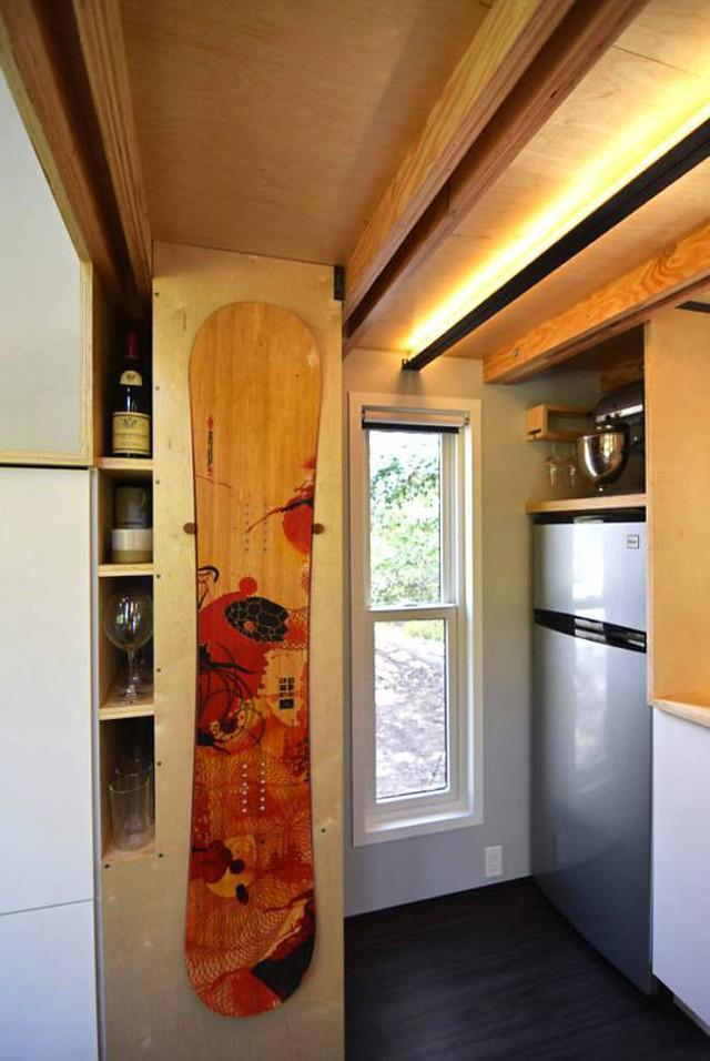 Cặp vợ chồng trẻ sống thoải mái và tiện nghi trong ngôi nhà 18m2 - Ảnh 10.