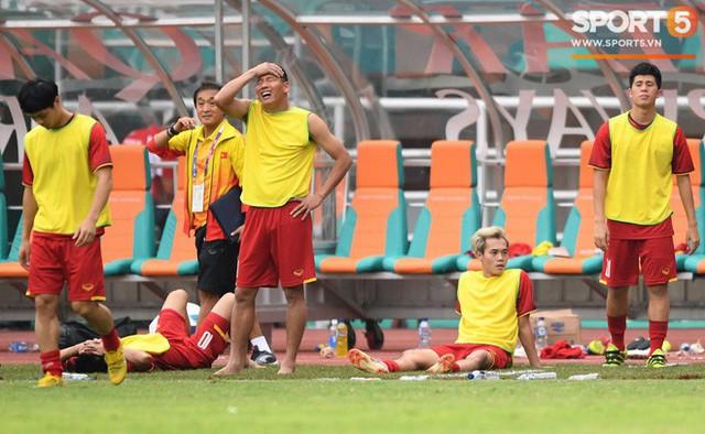 Hành trình kỳ diệu của bóng đá Việt Nam trong năm 2018 qua ảnh - Ảnh 11.