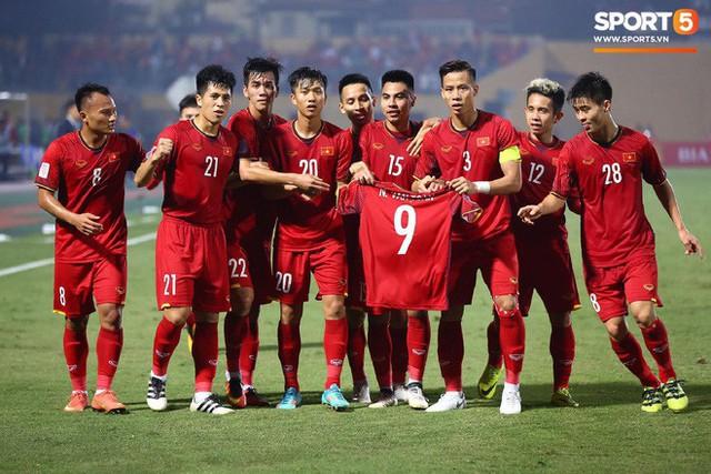 Hành trình kỳ diệu của bóng đá Việt Nam trong năm 2018 qua ảnh - Ảnh 13.