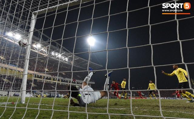 Hành trình kỳ diệu của bóng đá Việt Nam trong năm 2018 qua ảnh - Ảnh 20.