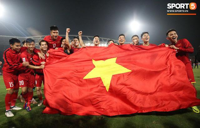 Hành trình kỳ diệu của bóng đá Việt Nam trong năm 2018 qua ảnh - Ảnh 22.
