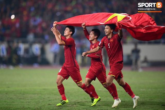 Hành trình kỳ diệu của bóng đá Việt Nam trong năm 2018 qua ảnh - Ảnh 23.
