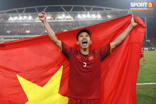 Hành trình kỳ diệu của bóng đá Việt Nam trong năm 2018 qua ảnh - Ảnh 25.