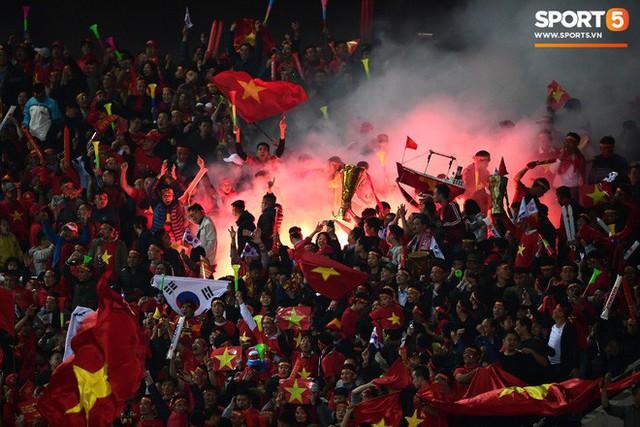 Hành trình kỳ diệu của bóng đá Việt Nam trong năm 2018 qua ảnh - Ảnh 26.