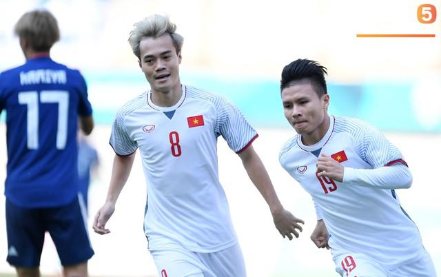 Hành trình kỳ diệu của bóng đá Việt Nam trong năm 2018 qua ảnh - Ảnh 4.
