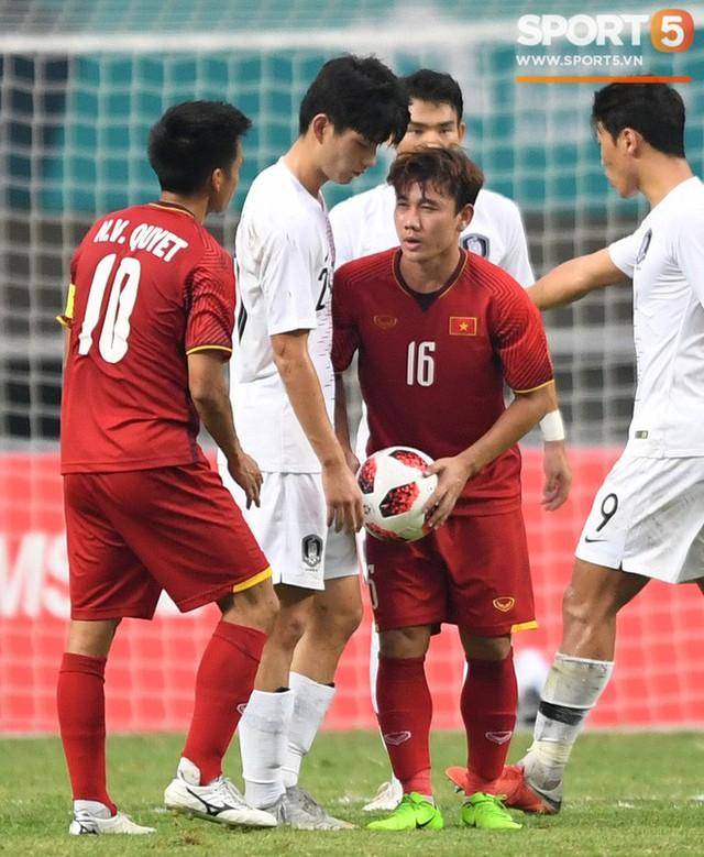 Hành trình kỳ diệu của bóng đá Việt Nam trong năm 2018 qua ảnh - Ảnh 9.