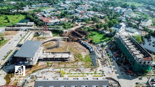 Nhiều hạng mục đang thi công ngổn ngang nhưng chủ dự án Sim City (Quận 9) ép khách hàng nhận nhà - Ảnh 8.