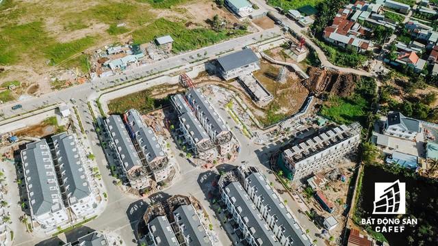 Nhiều hạng mục đang thi công ngổn ngang nhưng chủ dự án Sim City (Quận 9) ép khách hàng nhận nhà - Ảnh 11.