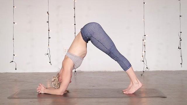 Muốn đốt cháy calo nhanh nhất, đây là 7 tư thế yoga bạn cần bỏ túi riêng mình - Ảnh 7.
