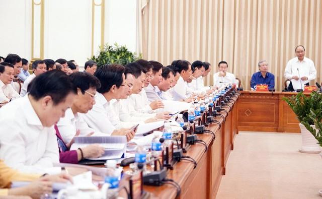 Bí thư Thành ủy TP HCM báo cáo Thủ tướng việc kỷ luật 142 cán bộ - Ảnh 2.