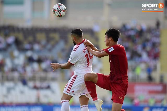 Quang Hải hét lớn, hô hào đồng đội đứng dậy sau bàn thua - Ảnh 8.