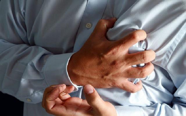 Cẩn thận 10 triệu chứng là điềm báo tiền ung thư mà nhiều người còn mơ hồ và không nhận ra - Ảnh 2.
