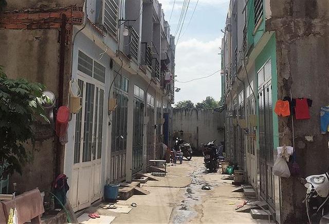 Nhà ba chung… nguy cơ trở thành khu ổ chuột - Ảnh 1.