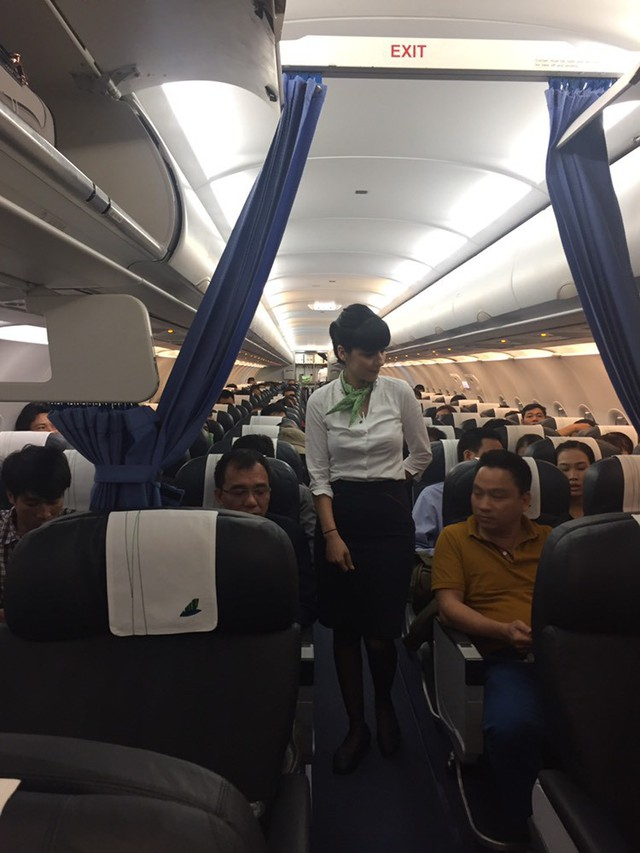 Bamboo Airways: Bay thành công chuyến bay thương mại đầu tiên - Ảnh 2.