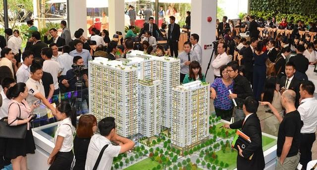 """Doanh nghiệp địa ốc Sài Gòn tiết lộ mức thưởng Tết """"khủng"""" 2019 - Ảnh 1."""