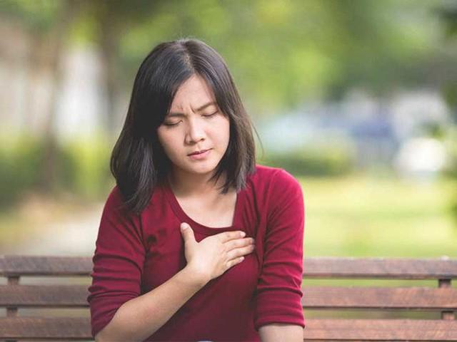 Cái cảm giác đau nhói trước ngực, nếu không phải đau tim thì là gì vậy? - Ảnh 1.
