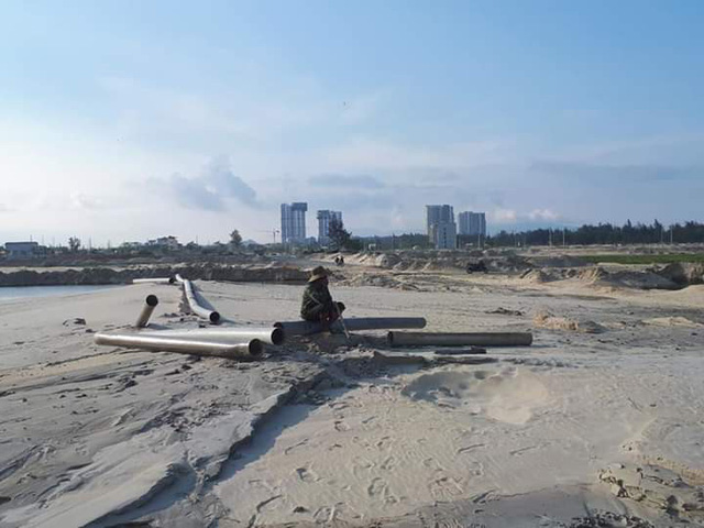 Bỏ tiền tỷ mua đất tại 3 dự án ở Đà Nẵng, hàng nghìn người lo ngại không nhận được sổ đỏ, căng băng rôn kêu cứu