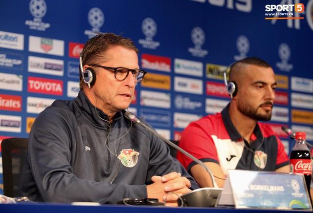 HLV tuyển Jordan: Đá với Việt Nam còn khó hơn đá với đội từng dự World Cup - Ảnh 1.