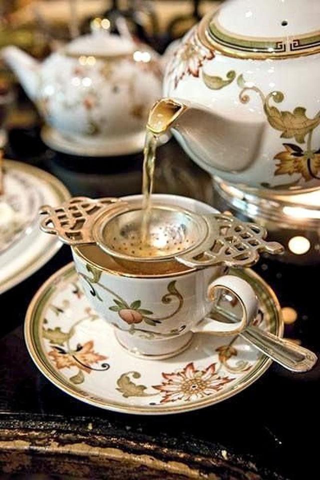 Tiệc trà Anh: tưởng sang chảnh bậc nhất nhưng thực ra có nguồn gốc cứu đói cho một quý tộc thích ăn cả thế giới - Ảnh 3.