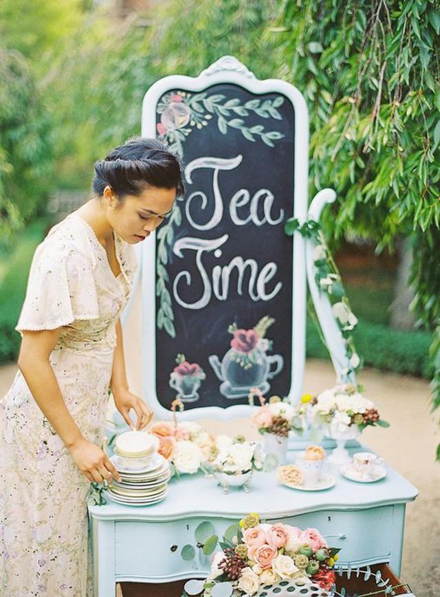 Tiệc trà Anh: tưởng sang chảnh bậc nhất nhưng thực ra có nguồn gốc cứu đói cho một quý tộc thích ăn cả thế giới - Ảnh 5.
