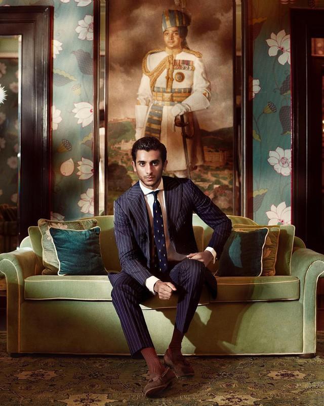 Rich kid oách nhất Ấn Độ: 20 tuổi đã thừa kế ngai vàng, sở hữu khối tài sản hàng trăm triệu đô - Ảnh 1.