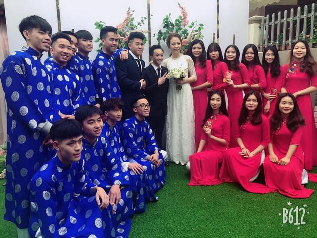 Cận cảnh đám hỏi Cường Đô La và Đàm Thu Trang: Mẹ chú rể thân thiết trao nhẫn cho cô dâu - Ảnh 4.