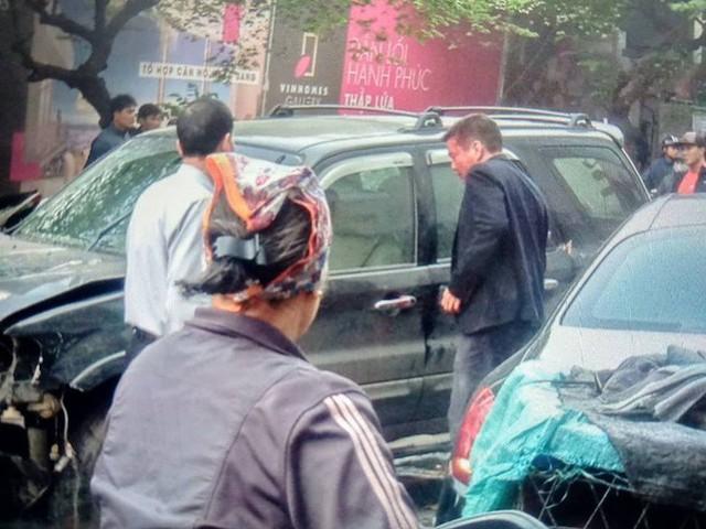 Danh tính tài xế lái xe điên gây tai nạn trên phố Ngọc Khánh khiến cụ bà tử vong - Ảnh 1.