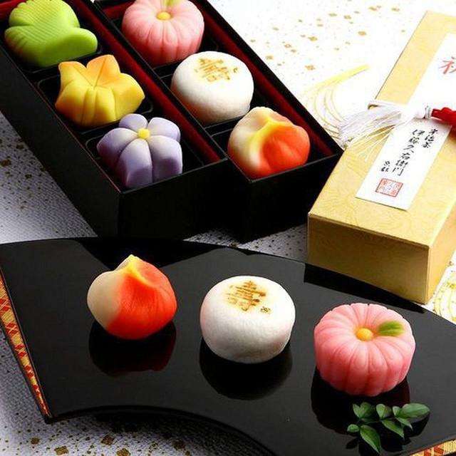 Có một điều phải thừa nhận là các món bánh châu Á truyền thống đều rất cầu kì và tinh tế - Ảnh 8.