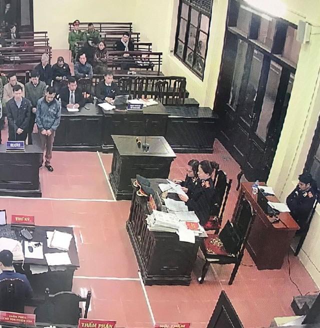 [Nóng] 7 bị cáo đều bị đề nghị án tù giam, Hoàng Công Lương mức 36 - 42 tháng - Ảnh 1.