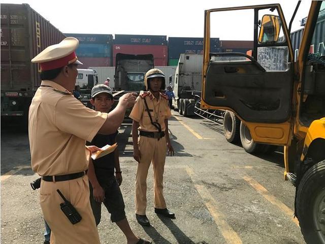 Phát hiện nhiều tài xế container ở cảng Cát Lái dương tính ma tuý - Ảnh 4.