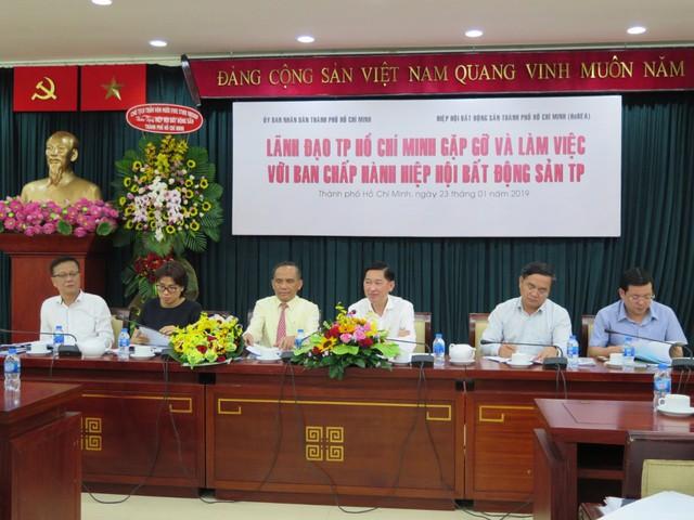 """Phó Chủ tịch UBND Tp.HCM: Thành phố sẽ ngăn chặn tình trạng doanh nghiệp """"bán lúa non"""" - Ảnh 1."""