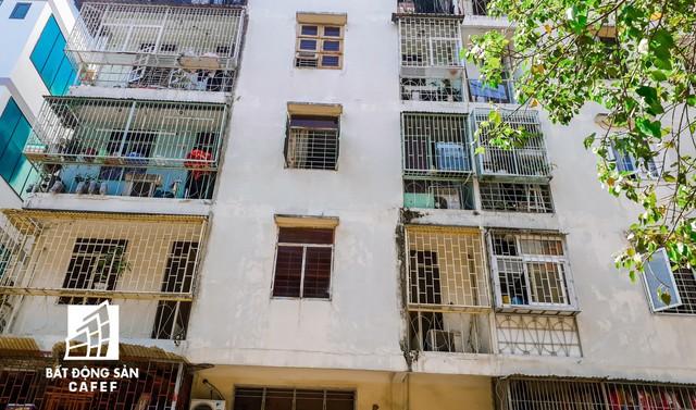 Cận cảnh chung cư nghiêng tại TP.HCM khiến nhiều hộ dân tháo chạy  - Ảnh 6.