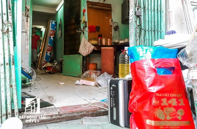 Cận cảnh chung cư nghiêng tại TP.HCM khiến nhiều hộ dân tháo chạy  - Ảnh 16.
