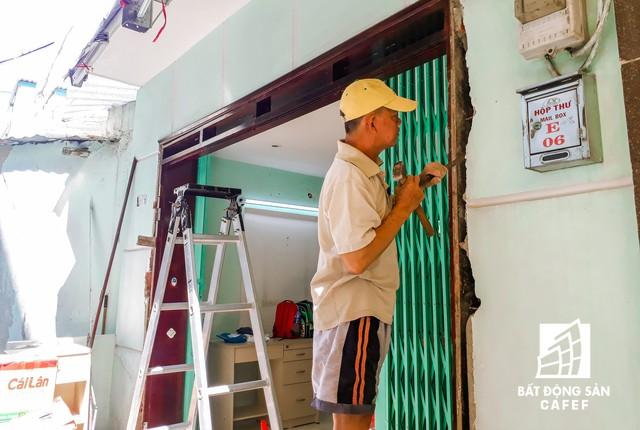 Cận cảnh chung cư nghiêng tại TP.HCM khiến nhiều hộ dân tháo chạy  - Ảnh 10.