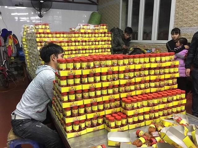 Sản xuất hàng nghìn hộp sa tế giả đưa vào nhà hàng - Ảnh 5.