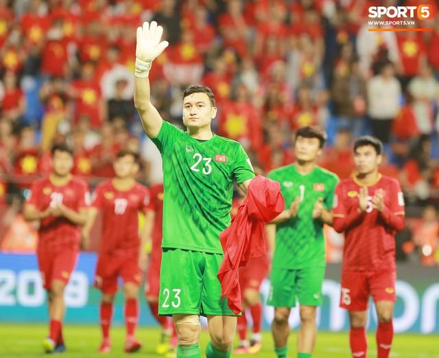 HLV Park Hang-se Tôi tự hào về các học trò, Việt Nam sẽ hướng đến World Cup 2022 - Ảnh 1.