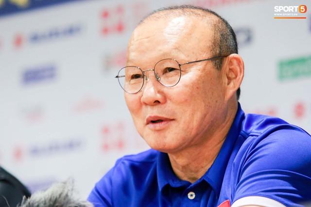 HLV Park Hang-se Tôi tự hào về các học trò, Việt Nam sẽ hướng đến World Cup 2022 - Ảnh 2.