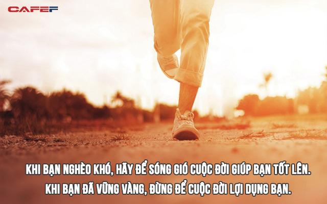 *Để có một năm mới thịnh vượng, hãy ghi nhớ lời khuyên không bao giờ cÅ© của tá»· phú giÃu nhất Hong Kong: Khi nghèo khó thì đừng ngại sóng gió, khi đã vững vÃng thì đừng để cuộc đời lợi dụng - Ảnh 3.
