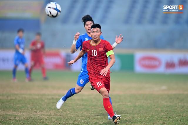 Không nghỉ ngơi, HLV Park Hang-seo tới sân theo dõi U22 Việt Nam đấu CLB quê nhà - Ảnh 7.