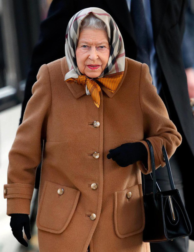 Công nương Kate từng bị Hoàng gia Anh ghét bỏ vì quá khứ chơi bời, thích tiệc tùng xa hoa - Ảnh 2.