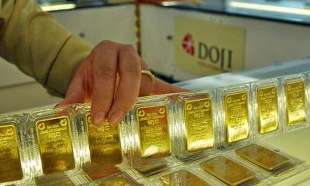 Sắp đến Tết và ngày Thần Tài, khách hàng cần lưu ý gì khi giao dịch vàng miếng? - Ảnh 1.