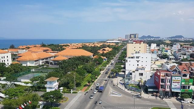 Cao ốc ven biển Đà Nẵng chỉ được xây tối đa 9 tầng - Ảnh 1.