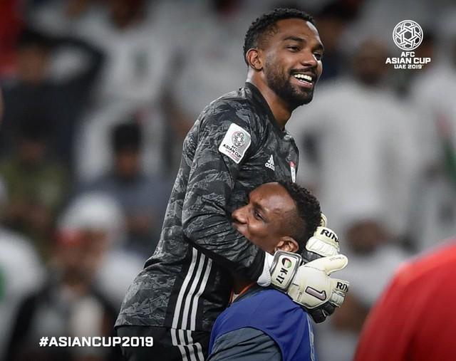 Việt Nam đóng góp 3 bức ảnh trong top 10 khoảnh khắc ấn tượng nhất tứ kết Asian Cup 2019 - Ảnh 9.