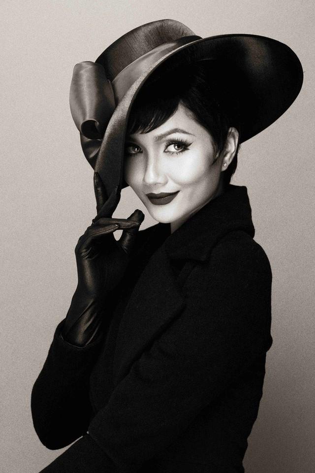 HHen Niê hóa thân thành huyền thoại Audrey Hepburn mừng ngày trở thành Hoa hậu đẹp nhất thế giới - Ảnh 12.
